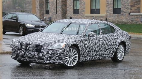 Nextgen 2018 Lexus Es Mule Spied For The First Time