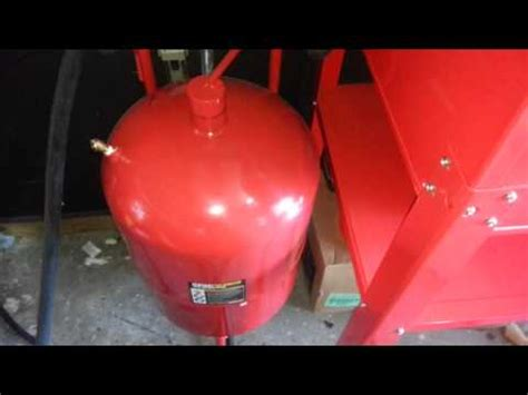 Central Pneumatic Blast Cabinet 42202 Manual by 20 Lb Capacity Pressurized Abrasive Blaster 68994 Doovi