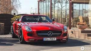 Mercedes Sls Amg 2017 : mercedes benz sls amg gt roadster 11 april 2017 autogespot ~ Maxctalentgroup.com Avis de Voitures