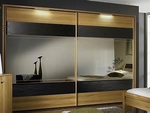 Schlafzimmer Komplett Schwebetürenschrank : schlafzimmer schwebet renschrank ~ Markanthonyermac.com Haus und Dekorationen