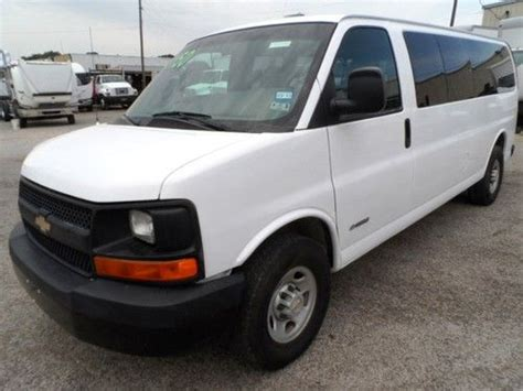 Purchase Used 2003 Chevrolet Express 3500 Base Extended