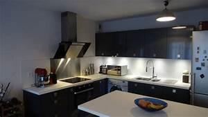 facade gris anthracite brillant plan de travail blanc With plan de travail cuisine gris anthracite