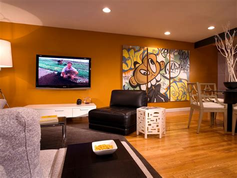 Bachelor Pad Wall Decor by Photo Page Hgtv