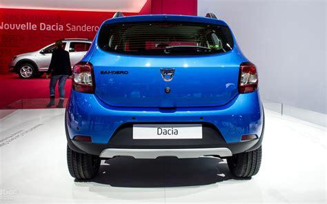 Comparison Dacia Sandero Stepway Se Summit 2017 Vs