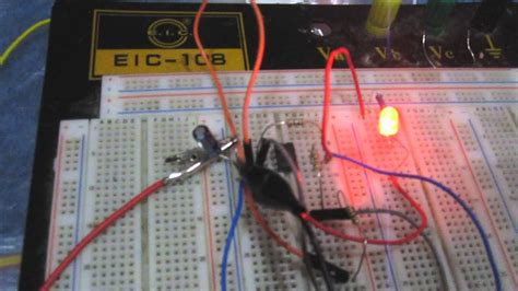 Astable Multivibrator Circuit Built With Amp