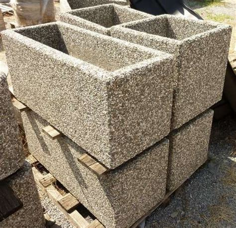 vasi per esterno in cemento crear arredo esterni e giardino fioriere e vasi
