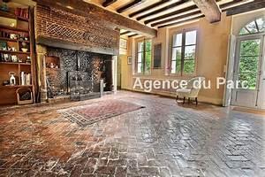 Acheter Achat d'un manoir normand du XVIIème en briques et colombages Entre Rouen et la mer en