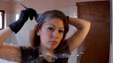 comment colorerteindre ses cheveux soi meme  la maison