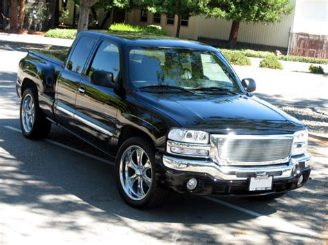 how can i learn about cars 2004 gmc sierra 1500 interior lighting mixmaster408 2004 gmc sierra 1500 extended cabslt pickup 4d 6 1 2 ft specs photos modification