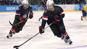 United States females ' s hockey group makes background ...