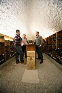 Cave À Vin Enterrée : cave vin vo t e avec agencement bois agencement en ~ Nature-et-papiers.com Idées de Décoration