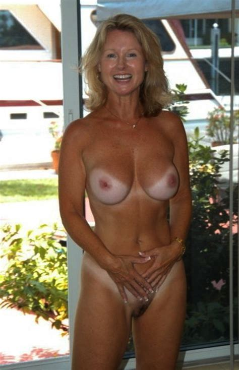 Mature Women Tanning Nude Pics And Galleries