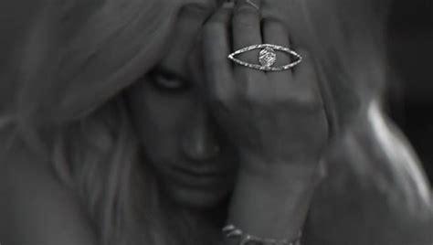 Kesha Illuminati Ke Ha Die All Seeing Eye And Pyramid Illuminati