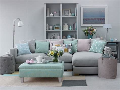 Create A Soothing Living Room Scheme
