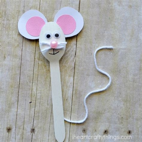 letter m crafts for preschool or kindergarten easy 737 | wooden spoon mouse craft 3