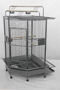 Cage A Perroquet : cage perroquet villa erica gris anthracite ~ Teatrodelosmanantiales.com Idées de Décoration
