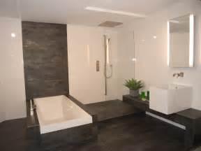 fliesen taupe badezimmer fliesen modern badezimmer tomis media tomis media bad dusche