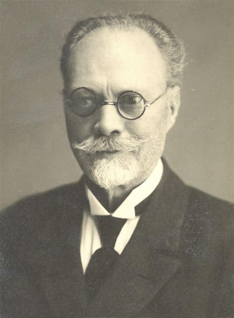 Valdis (Author of Staburaga bērni)