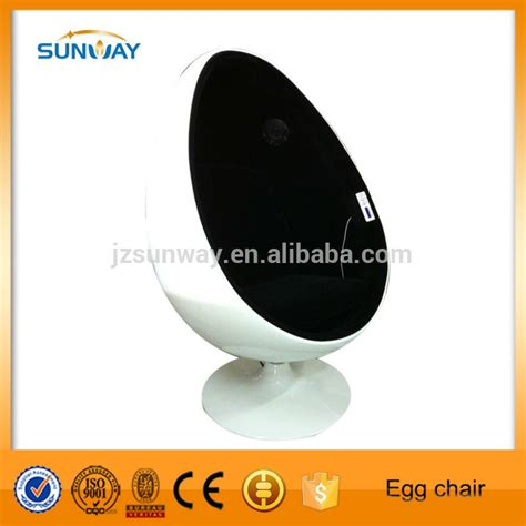 egg pod chair with speakers