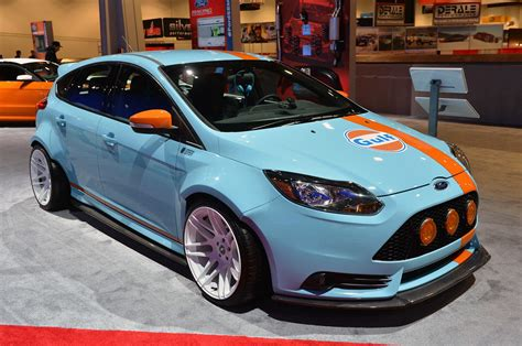 Ford Focus St Customs