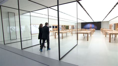 Here's What The Apple Store Of The Future Looks Like