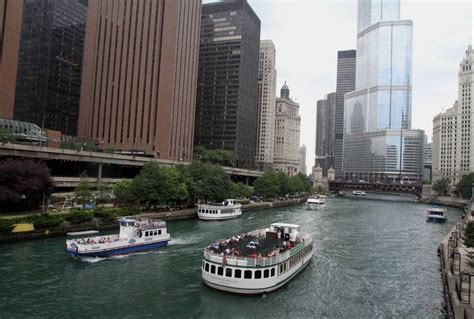 Chicago Boat Tours River by Docents From Suburbs To Lead Chicago Architecture