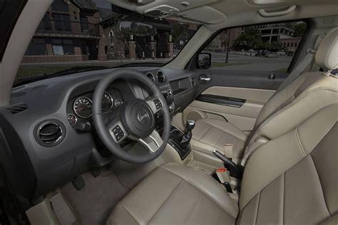 jeep burgundy interior jeep patriot 2013 dinamismo presencia y buen precio