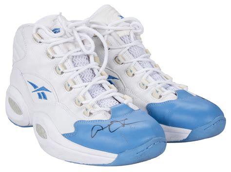 lot detail  allen iverson game   signed blue