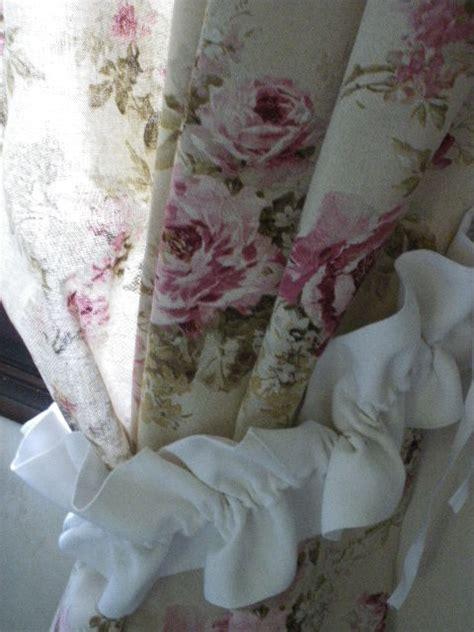 rideaux anglais fleuris