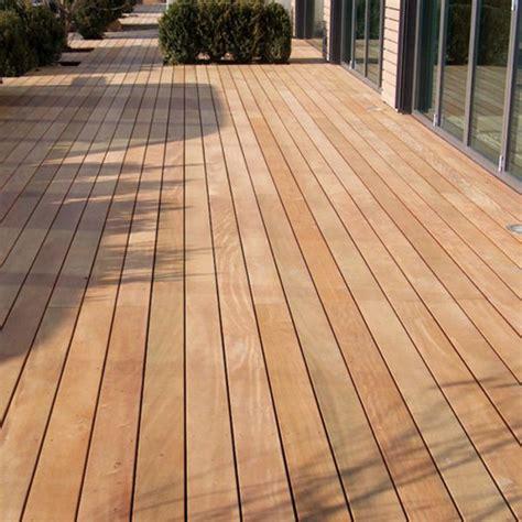 Terrassen Aus Holz by Terrassen Aus Holz Terrassendielen Mit Qualit 228 T Holz Ziller