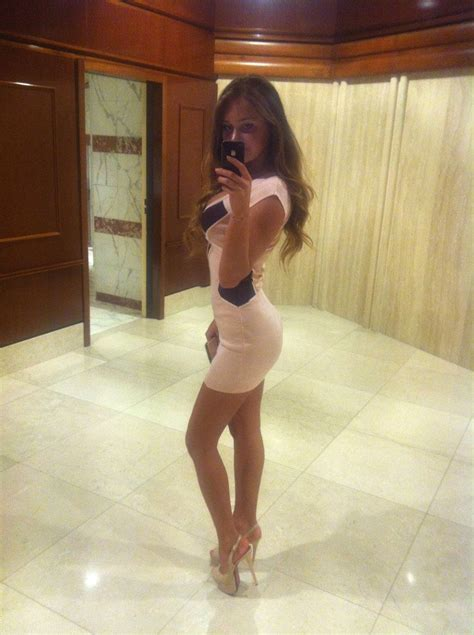 tight tuesday     babes  tight dresses