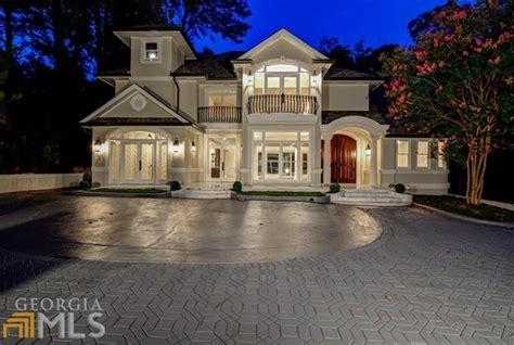 million mansion  atlanta ga   story indoor