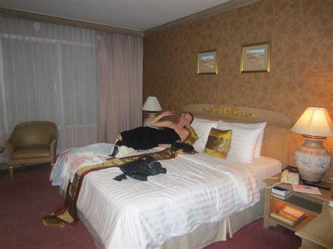 pics of bedrooms teen sitting on bed hot girls wallpaper