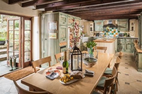 east norwich country kitchen bourton on the water luxury self catering home with 6997