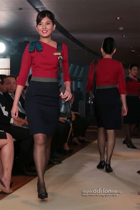 silkair cabin crew silkair introduces new cabin crew uniforms my style