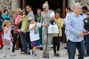 Zuma Rossdale Photos Photos - Gwen Stefani Takes Her Boys ...