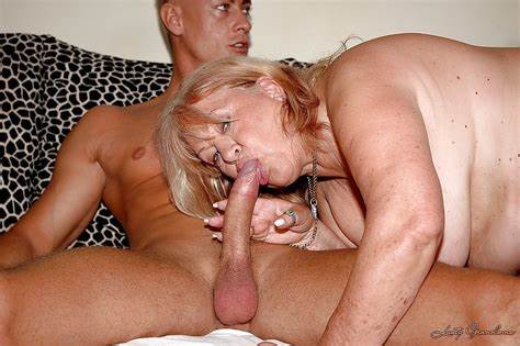 European Granny Willing Bbw Boys Tiny Granny In Clothing Let A Blowies And Knew Boned