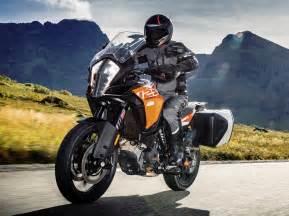 2017 Motorcycle KTM Adventure