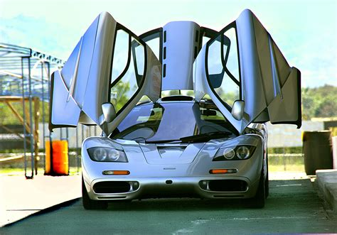 f1 sports car mclaren f11 wallpapers sports car racing car luxury