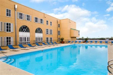 new orleans vacation packages travel deals bookit com