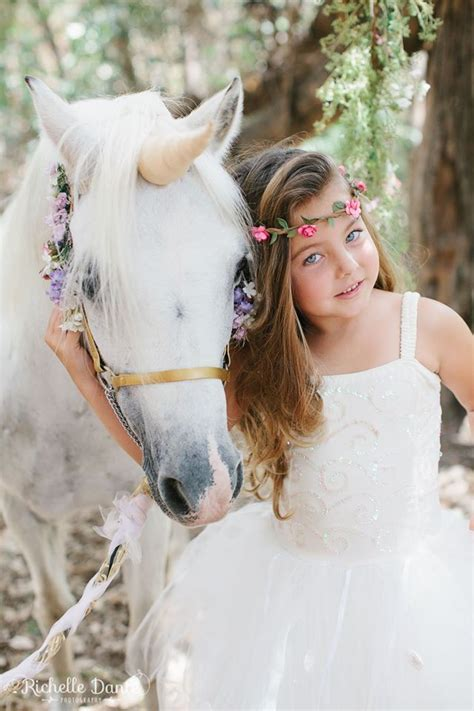 beautiful unicorn   unicorn photo shootwww