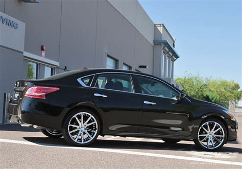 20 inch rims and tires for nissan altima
