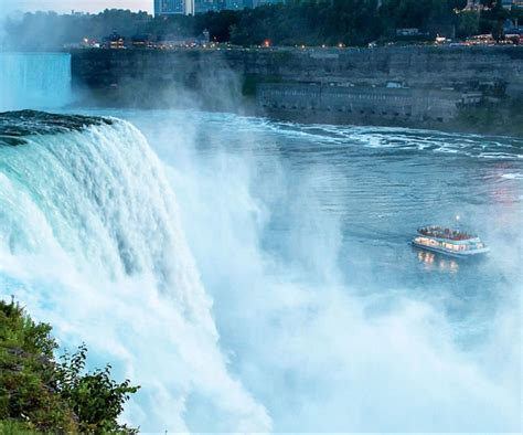 World Class Attractions Within A Block Of Niagara Falls