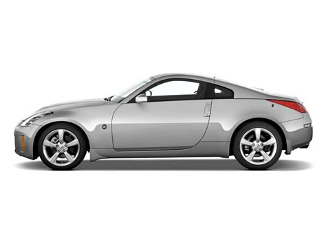 nissan coupe 350z image 2008 nissan 350z 2 door coupe man side exterior