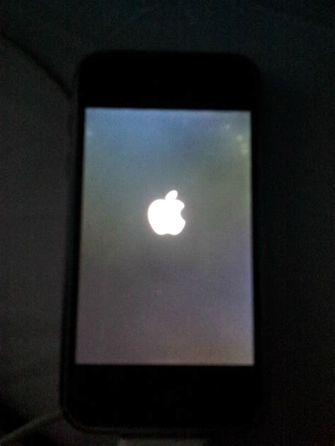 my iphone 5c wont charge original iphone won t start up