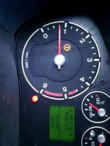Voyant Ford Fiesta : ford fiesta 1 4 tdci an 2008 voyant anomalie moteur ~ Medecine-chirurgie-esthetiques.com Avis de Voitures