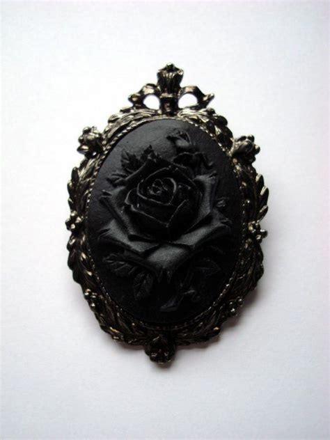 luxury jewelry  black rose cameo brooch