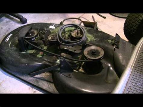 Craftsman Lt1000 Deck Belt by How To Replace Craftsman Lt2000 Mower Deck Belt Deck And