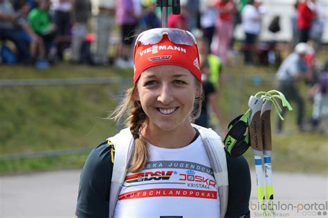 Franziska preuß, née le 11 mars 1994 à wasserburg am inn en bavière, est une biathlète allemande. Franzi Preuß geht auf Verfolgungsjagd   Radio Galaxy Rosenheim