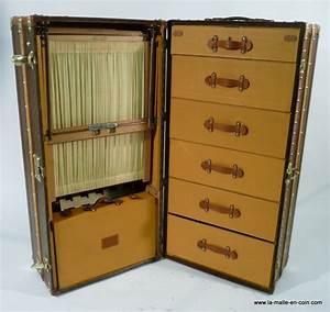 La Malle En Coin MTT12 30 Malle Armoire Louis Vuitton